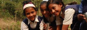 Acqua pulita per i bambini indiani