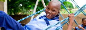 parque-infantil-uganda