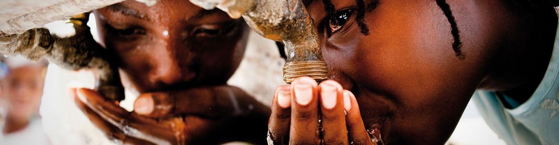 Regali aziendali solidali - Acqua significa vita