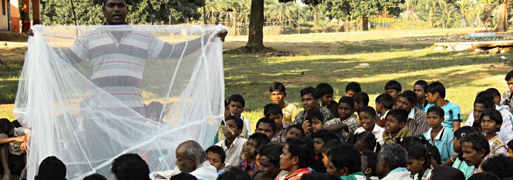 Dimostrazione utilizzo zanzariere Sri Lanka